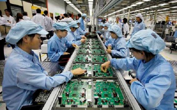 Tuyển 4 nữ lắp ráp linh kiện điện tử